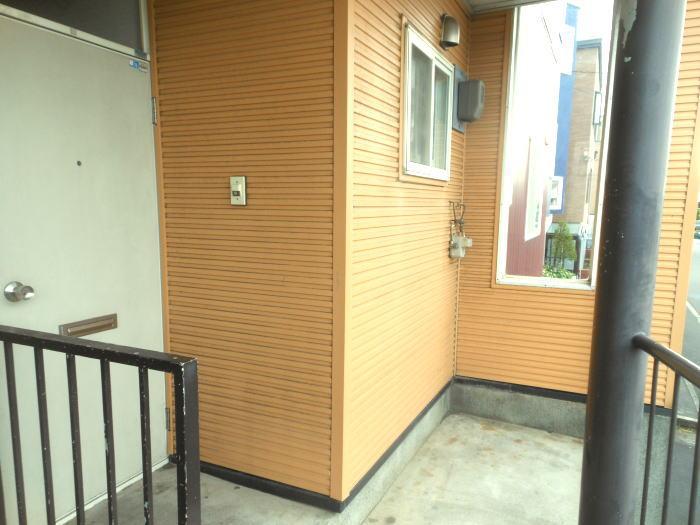 SKハイツⅠ(201)の玄関(外側)